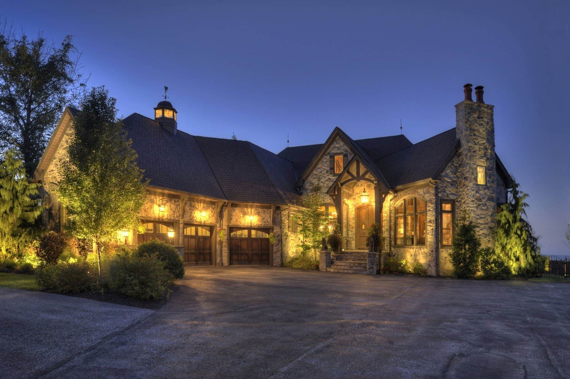 Frisco texas unique homes by zillow kelly boulton for Unique one